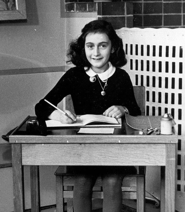 Anne en el colegio